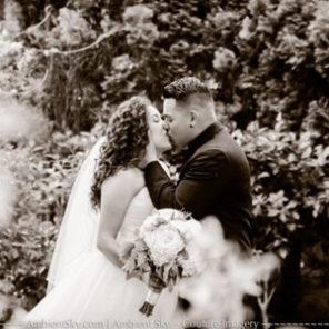 Portland wedding photography in garden at gray gables estate