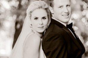 bride and groom portland wedding photography in garden