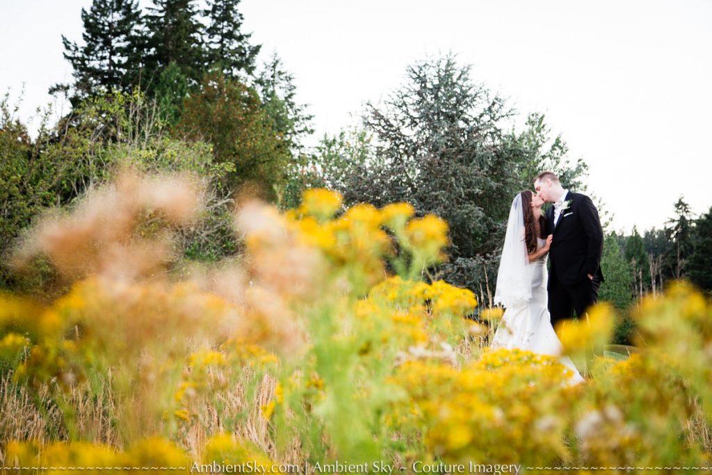 Persimmon Golf Club Wedding Couple